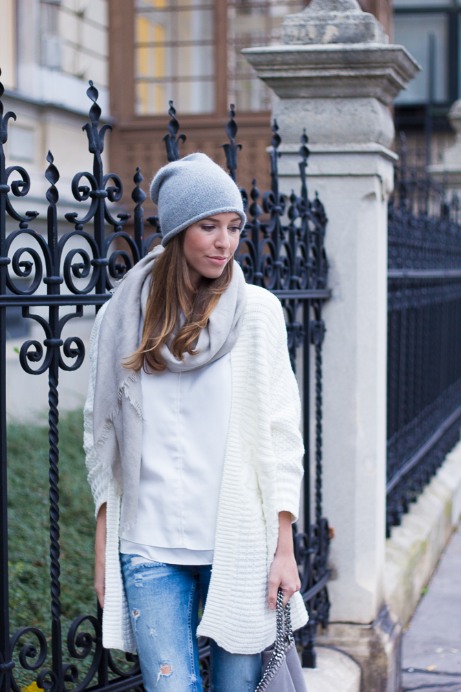 Cozy-Cardigan-Winter-White-1