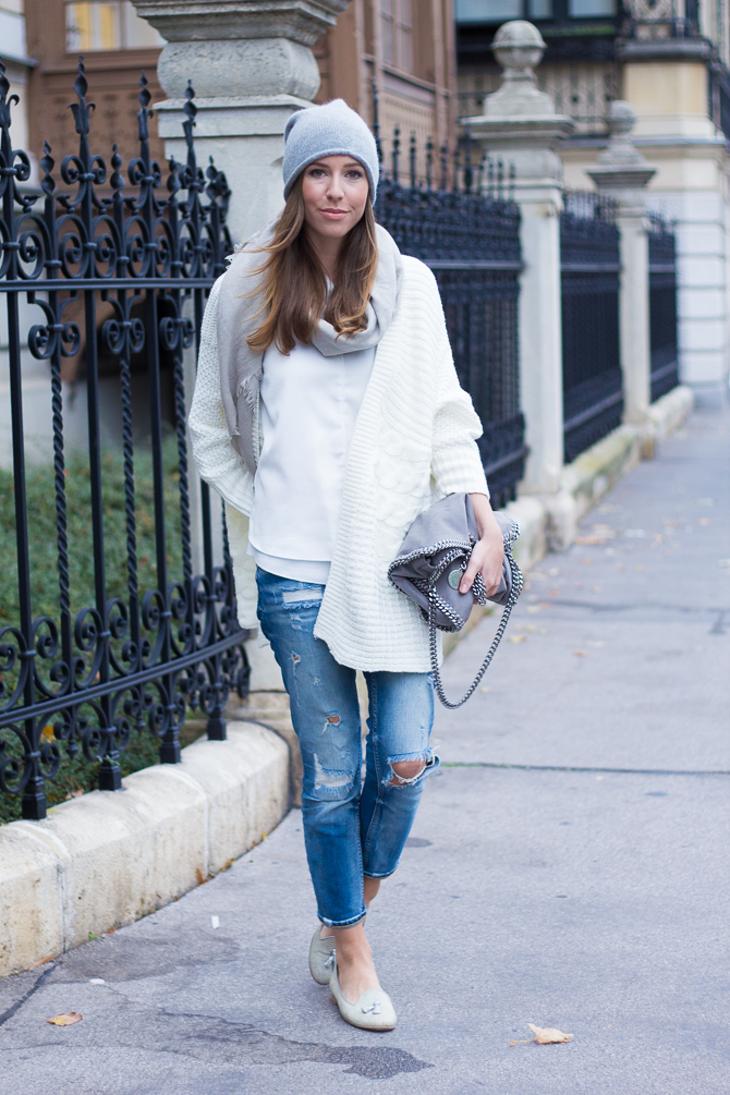 Cozy-Cardigan-Winter-White-2