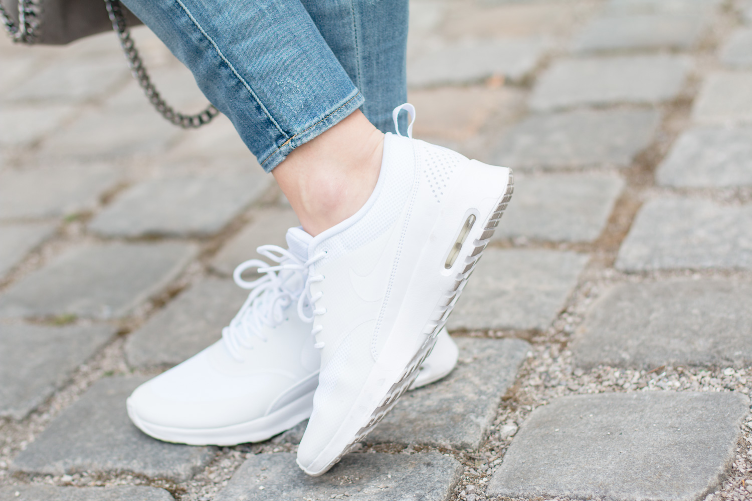 Nike-Airmax-Thea-All-White-6