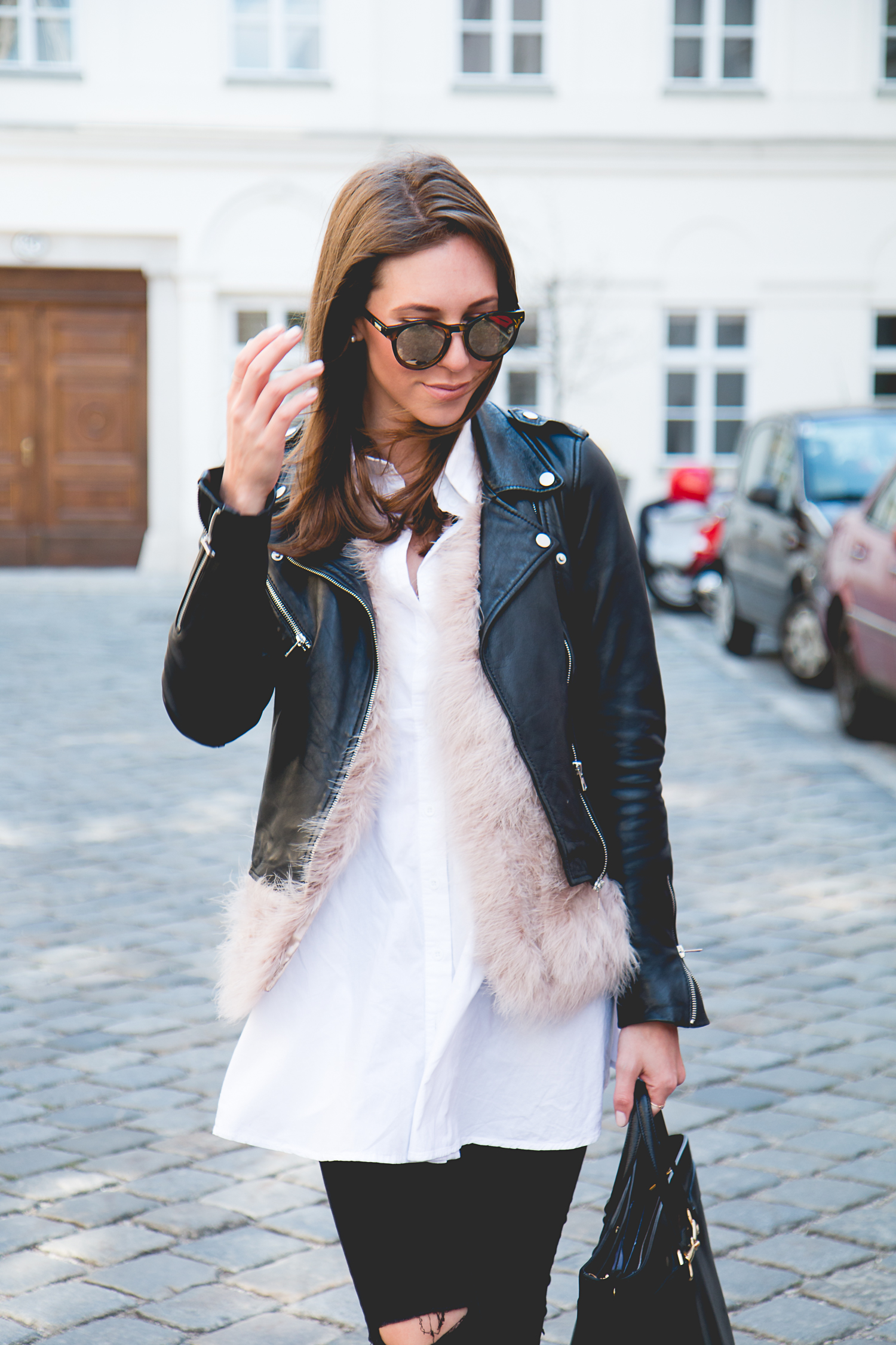 Fluffy-Vest-Gucci-Bag-1