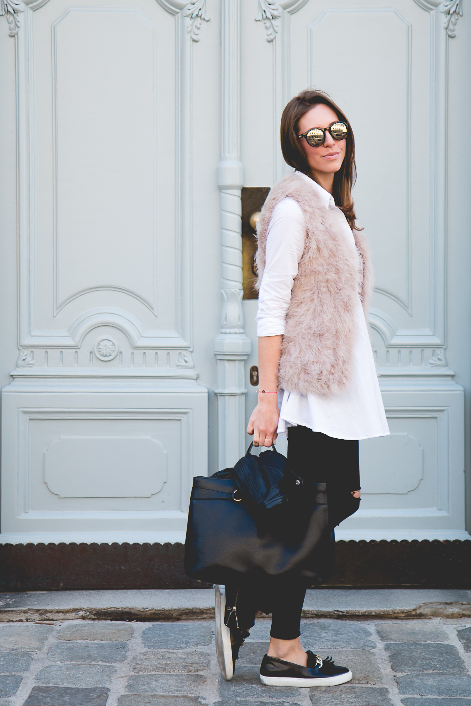 Fluffy-Vest-Gucci-Bag-3