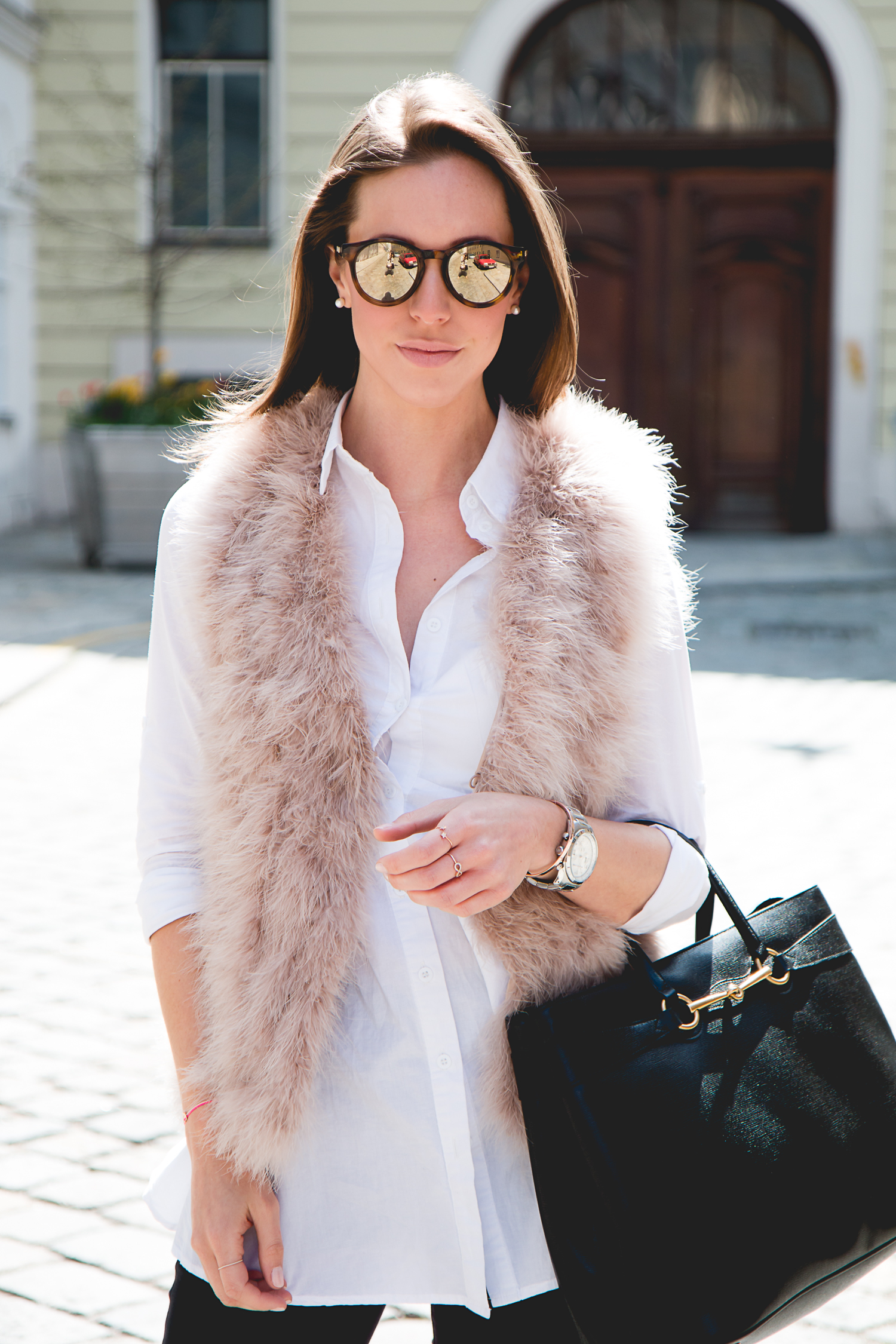 Fluffy-Vest-Gucci-Bag-7