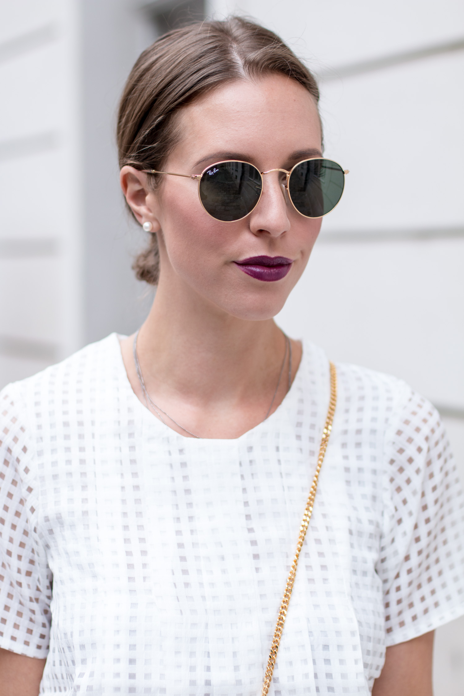 Dark-Lips-White-Shirt-9