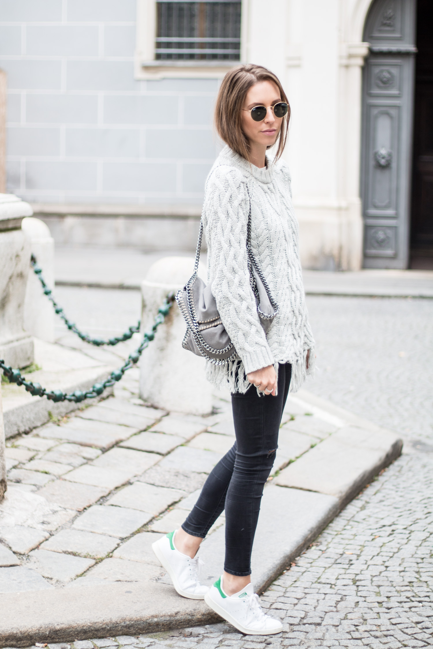 Grey-Tassel-Sweater-12