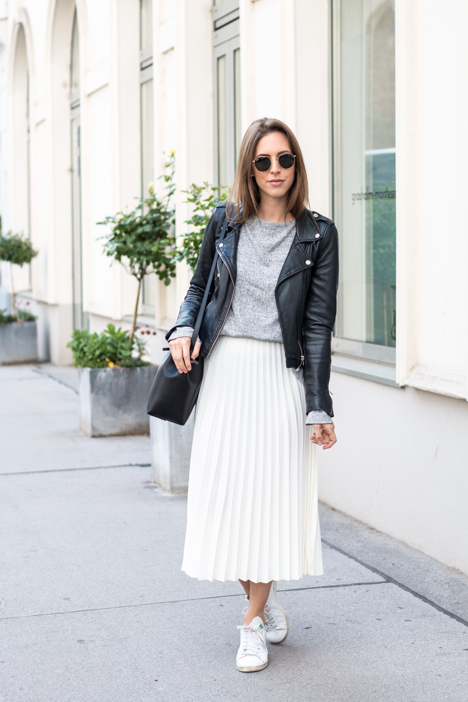 Plissee Skirt & Leather Jacket