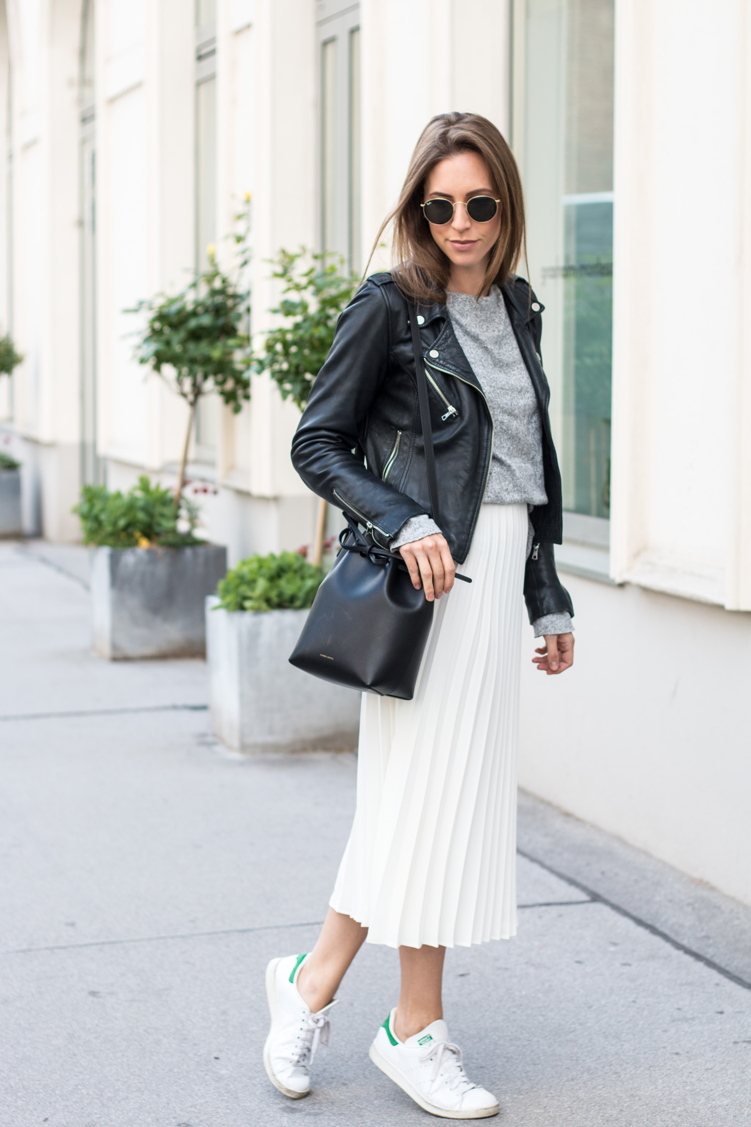 Plissee Skirt & Leather Jacket