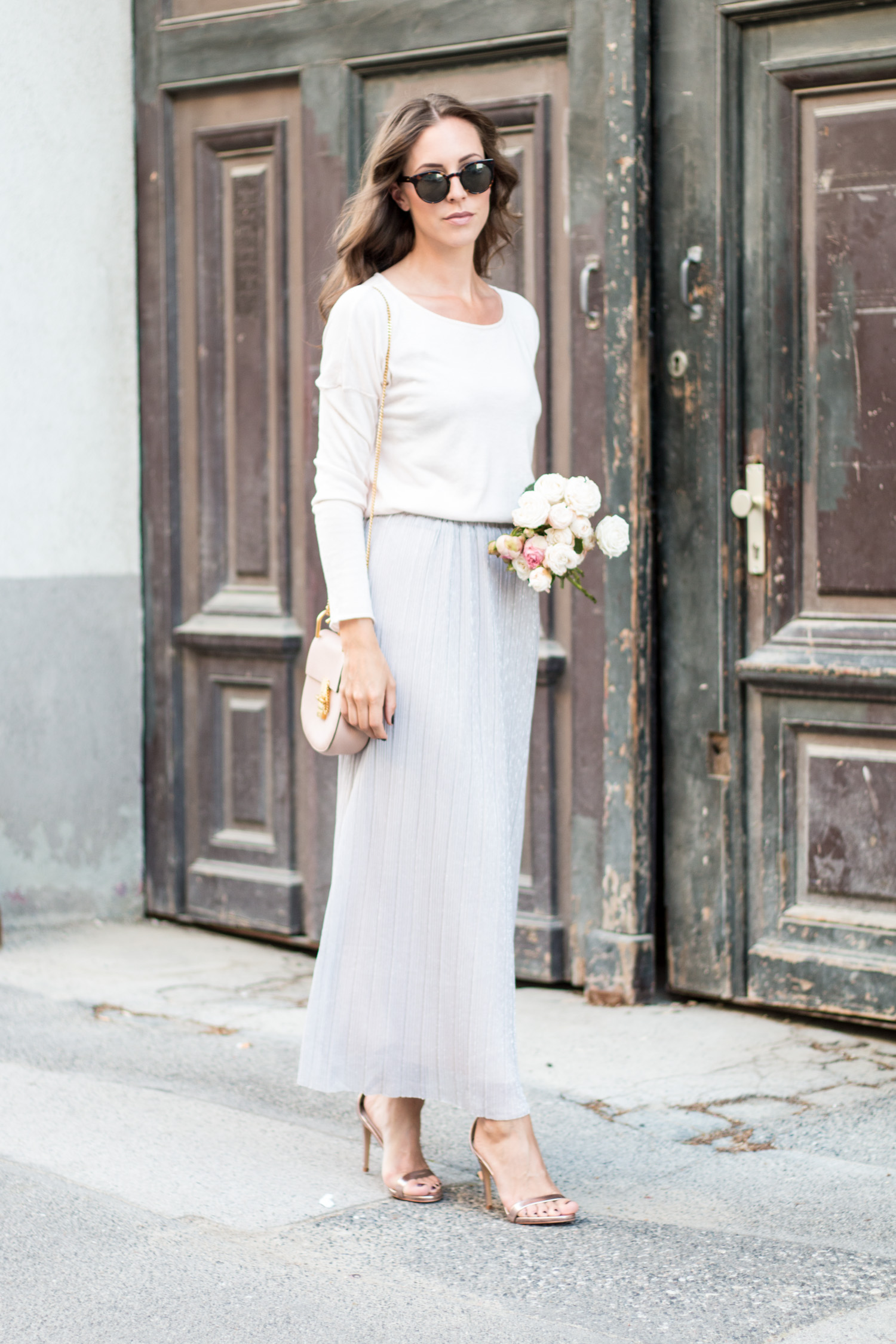 What To Wear As A Wedding Guest