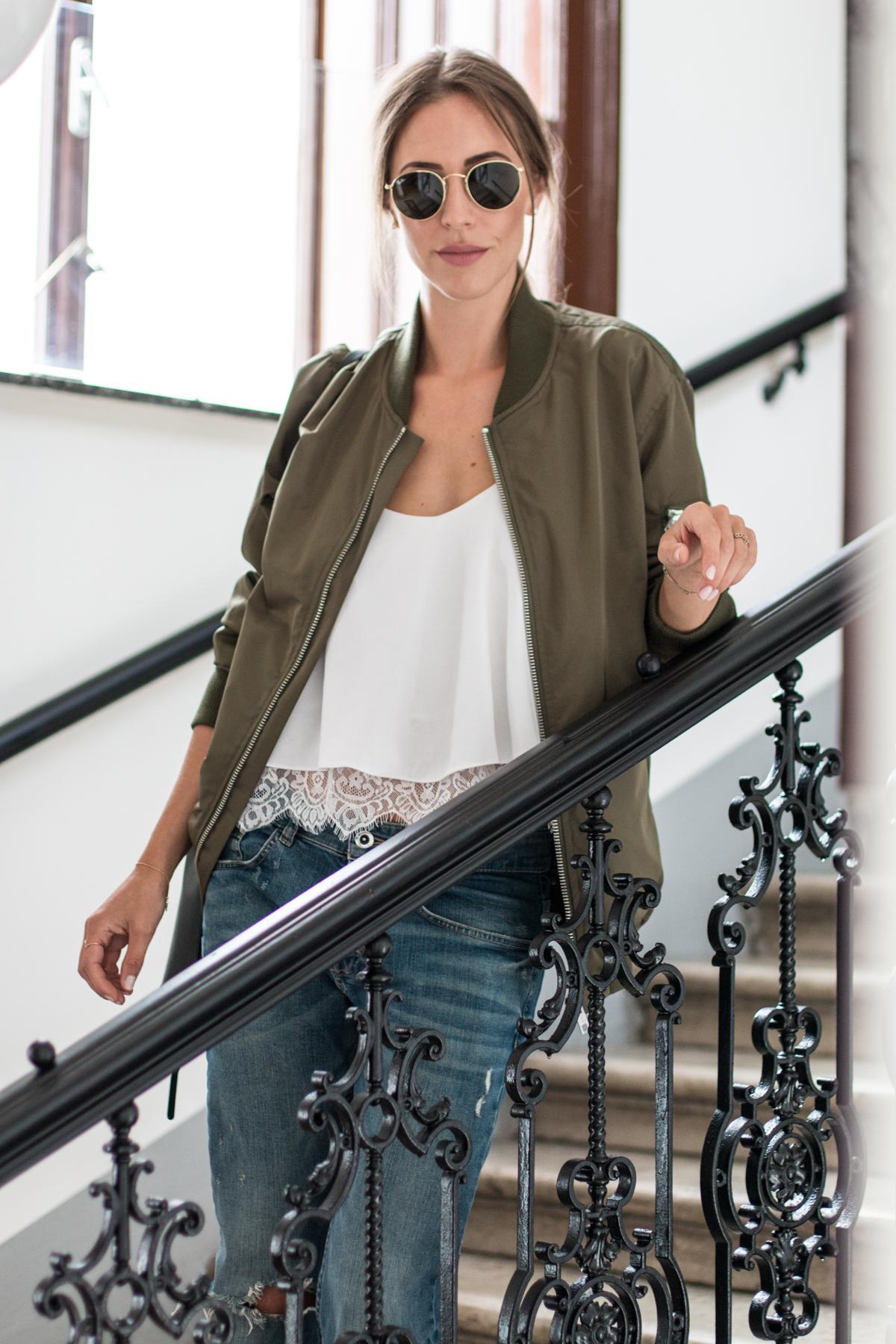 boyfriend-jeans-khaki-jacket-12