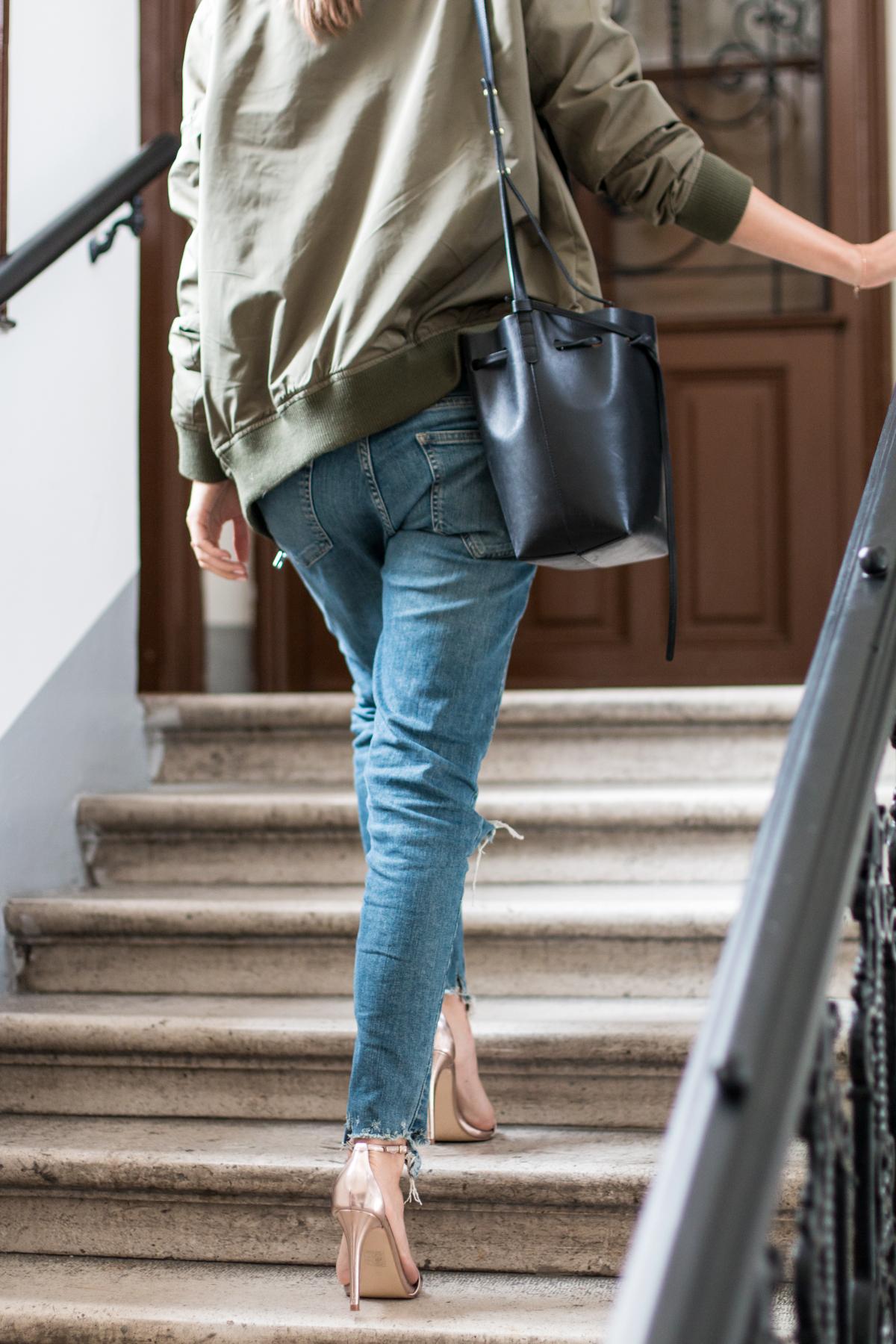 boyfriend-jeans-khaki-jacket-14